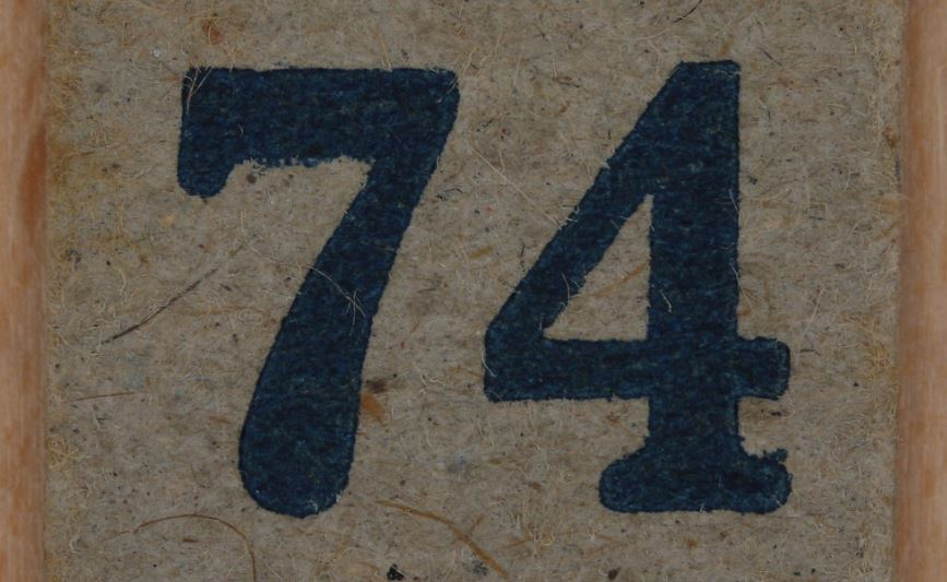 Numerologi 74