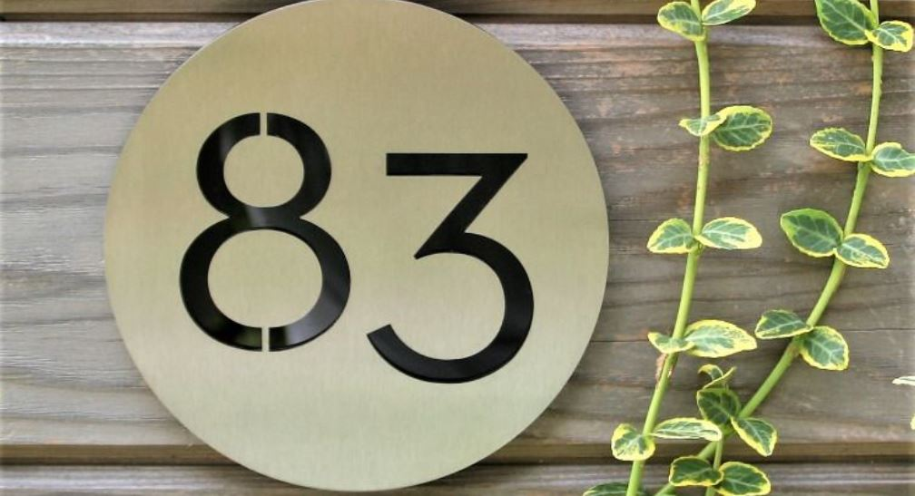 Numerologi 83