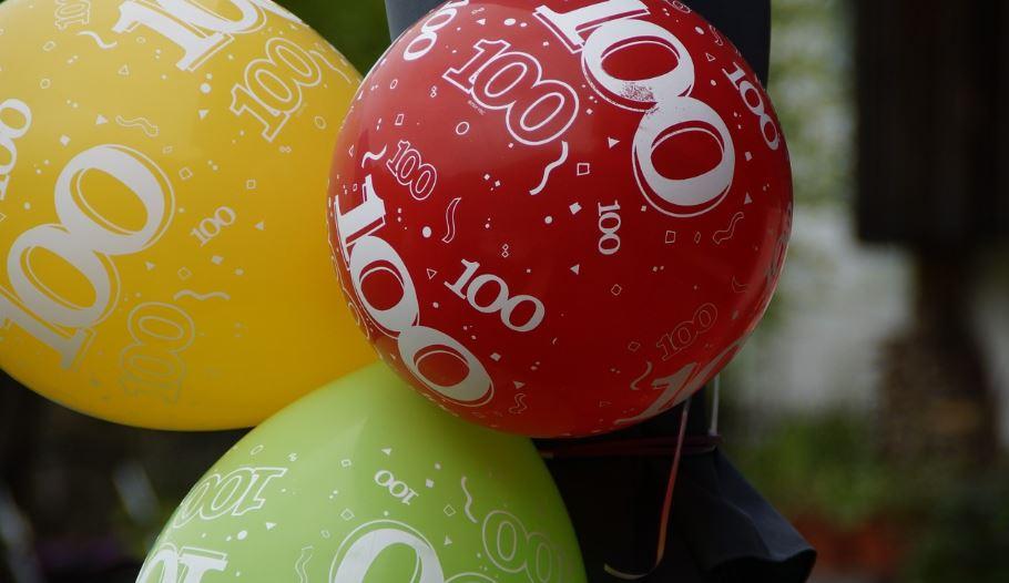 Numerologi 100