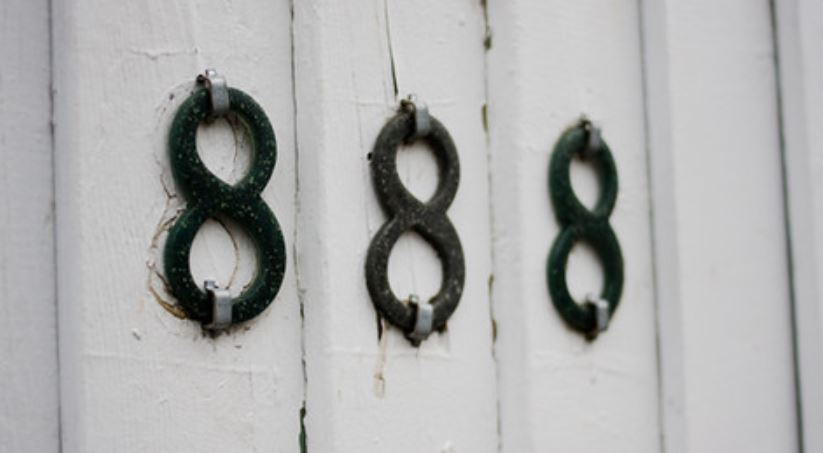 Numerologi 888